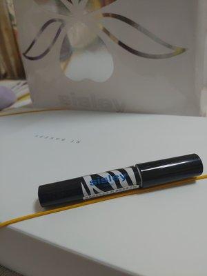 「sisley」漾澤精華眼彩筆 #1耀眼香檳0.9g,有1支,可併運