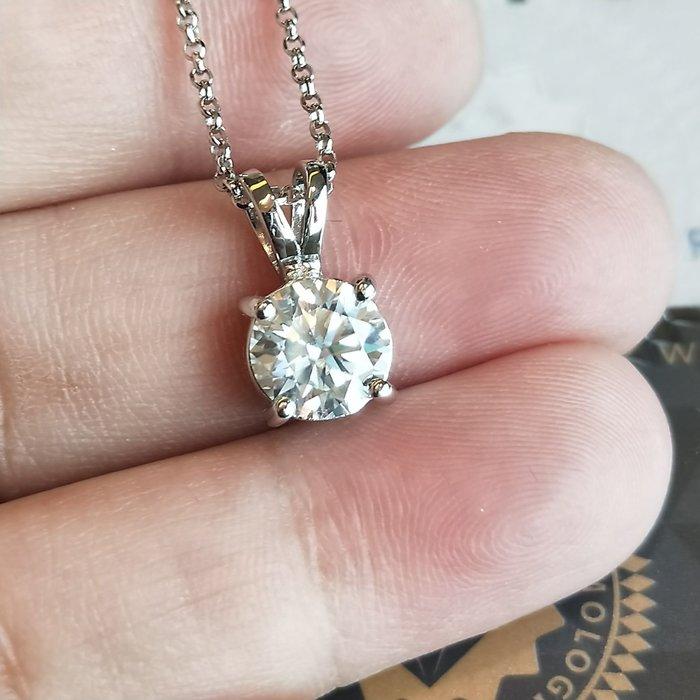 四爪镶 1.5克拉FB莫桑石鑽石項鏈女鑽 韓版飾品 精工爪鑲單碳原子 純銀鍍鉑金 不過敏不扯衣物 舒適好戴不退色鑽寶
