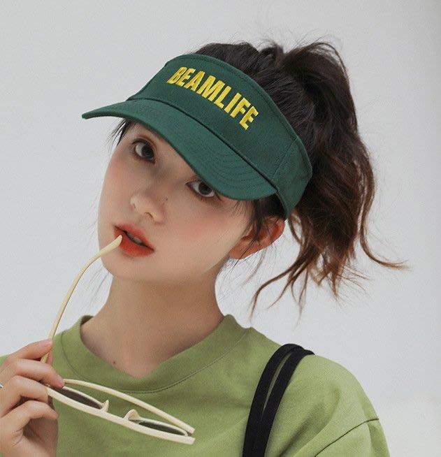 SeyeS    雜誌款!青春韓流少女運動風刺繡字母半頂遮陽帽