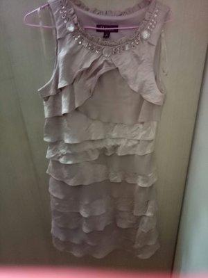 專櫃S. L. FASHION粉紅色小禮服(12)肩13胸18腰16.5臀20長37(房櫃1上)9成新