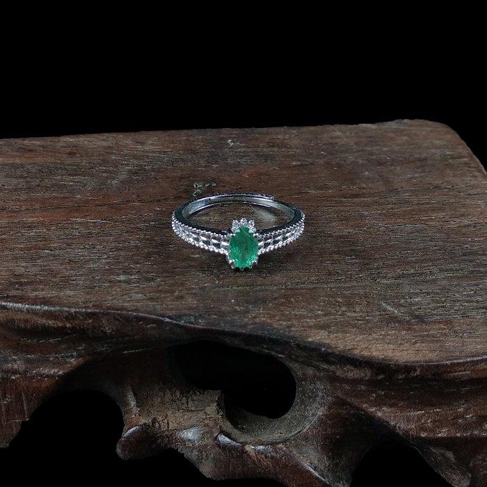 《博古珍藏》925純銀鑲祖母綠寶石戒指.戒子飾品配件(皇冠款).求婚訂婚情人節禮盒禮物.附包裝盒.底價回饋