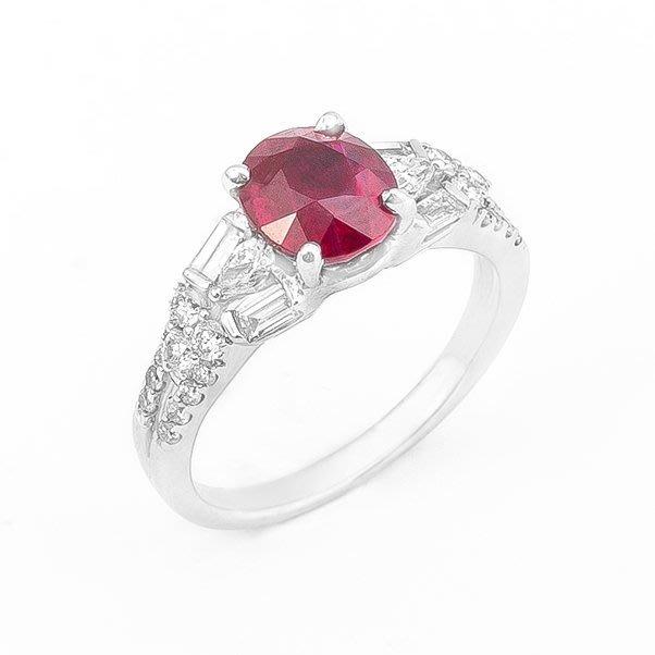【JHT 金宏總珠寶/GIA鑽石專賣】2.01ct天然紅寶鑽戒/材質:18K(R00019)