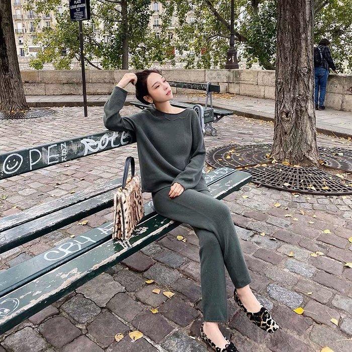 ❤JM SHOP韓風❤澳洲全羊毛鉤花領毛衣+錐形針織褲套裝