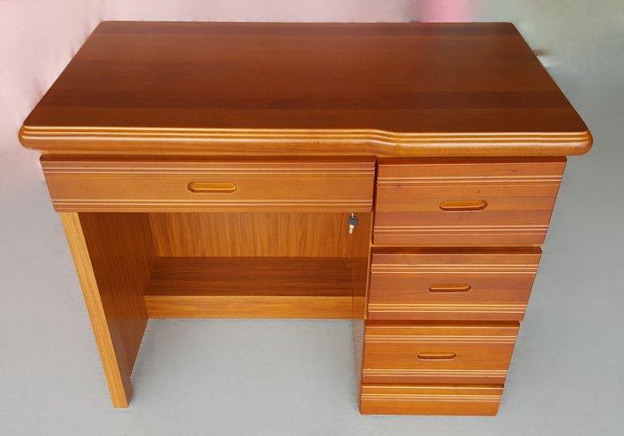 宏品二手家具館 中古傢俱賣場 F62603木色書桌*中古桌椅 電腦椅 餐桌椅 戶外休閒桌椅 洽談椅 辦公椅 泡茶椅