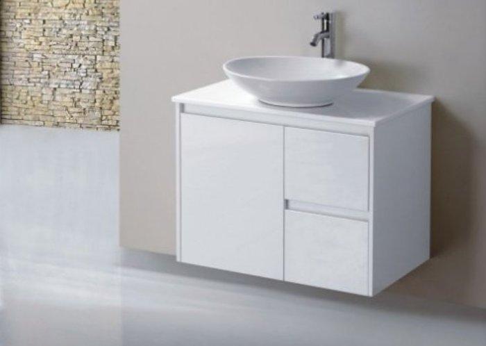 FUO衛浴: 設計師最愛!70公分鋼琴白色造型浴櫃(含龍頭) MF719出清特價!