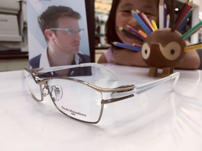 Masaki Matsushima 白色鈦金屬鏡框 現代簡約風格 日本眼鏡時尚大獎的肯定 松島正樹