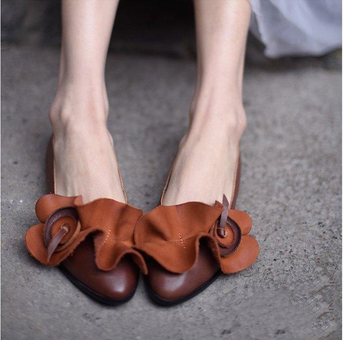 ~皮皮創~原創設計手工女鞋。復古文藝真皮花朵鞋木耳邊裝飾OL通勤鞋小羊皮舒適軟底四季單鞋平底尖頭鞋