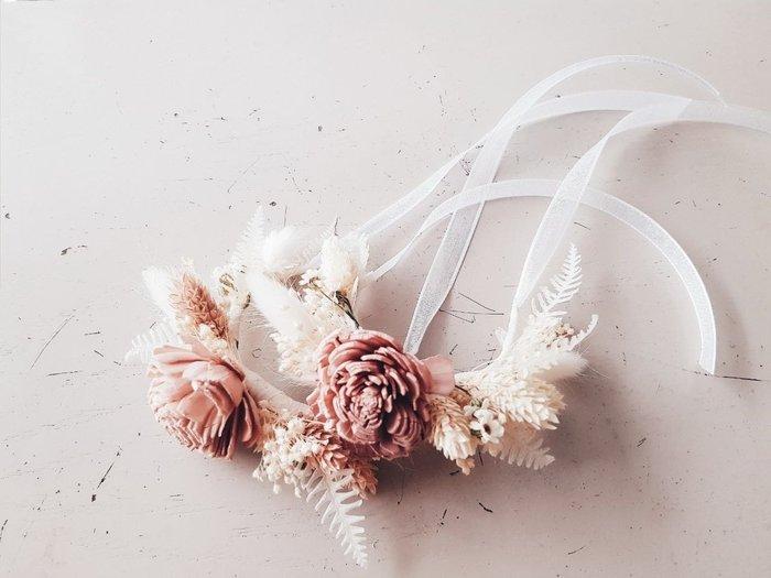 裸色乾燥手腕花|台北西門歡迎自取 | Flower&House花藝之家