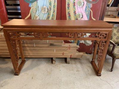 (河東堂)台灣新竹體、黃檜整塊厚板玄關桌、中型案桌。