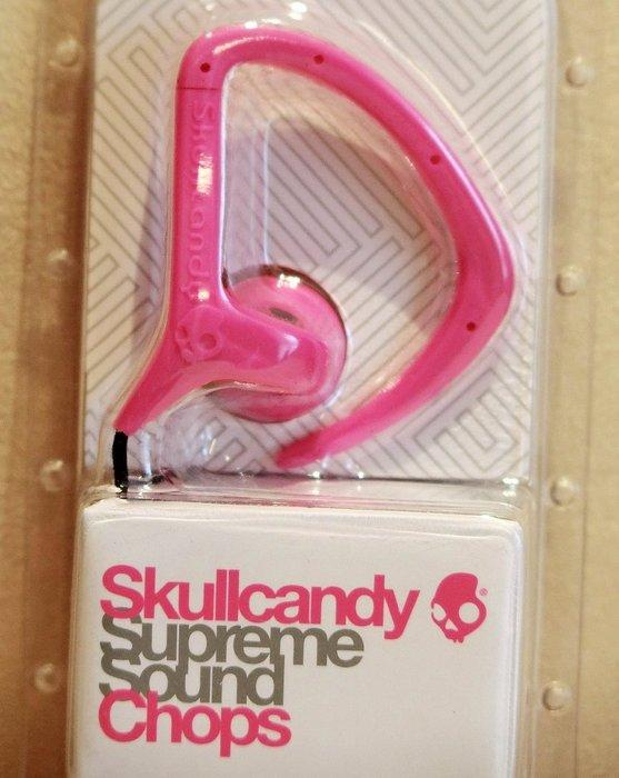 大降價!全新 Skullcandy Supreme Sound Chops 螢光粉紅運動掛耳無麥克風耳塞式耳機,無底價!