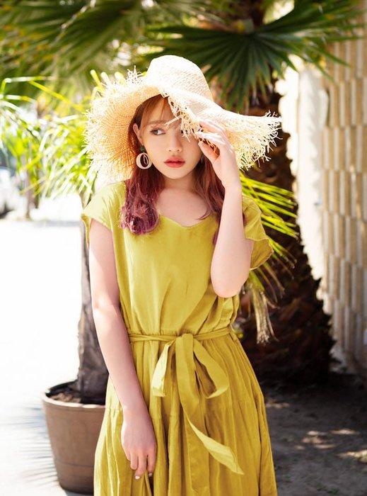 預購 日本 日本 純棉 附同材質腰帶 小包袖蛋糕裙 洋裝 一共有四個顏色可以選擇 洋裝