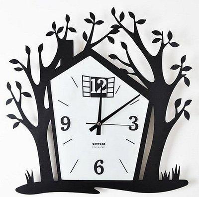 【王哥特賣店】多麗斯 settler卓爾鐵藝掛鐘小樹房子創意藝術掛表機芯靜音鐘靜音鐘表