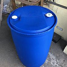 10個二手  內部沒整理過的 200 公升 塑膠桶   專屬賣場下標 ~(不含運 板橋 自取價格)