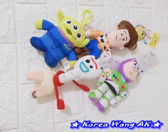 Korea Wang AK~(現貨)正韓 韓國代購空運 大創卡通瘋搶玩總系列扣環式鑰匙圈娃娃 單個185元【IS36】