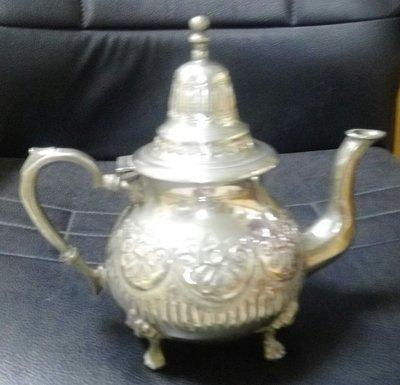 43 歐洲雕花鍍銀茶壺 Silver Plate Tea Pot