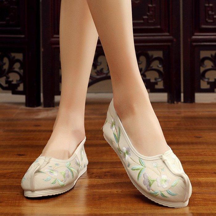 民族風 復古 繡花鞋 超夯 增高鞋 中國風翹頭宮鞋古風搭配漢服鞋老北京繡花布鞋平底女單鞋
