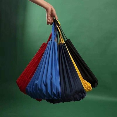 桃樂絲日本精品平價美衣鋪*日本春夏入荷獨特質感美學優雅風格彩色繽紛百摺環保購物袋*