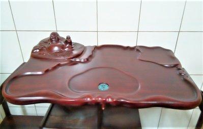 @居士林@彌勒佛紅木雕茶盤.質感厚實.尺寸:長63公分.寬38公分.高13公分.重約3公斤