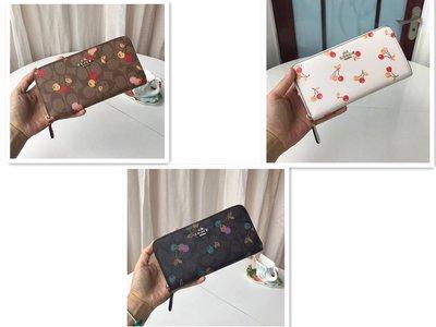 美國名品折扣店~ 特賣 COACH 31947 櫻桃系列女士長款拉鏈錢包  長夾 皮夾 手拿錢包