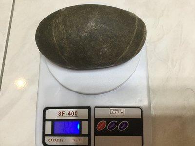 典藏~南田石(1120克/附底座)