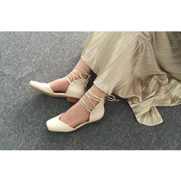 5Cgo【鴿樓】會員有優惠  530984939569 歐美夏季新款 小豬鼻綁帶平底中空平跟涼鞋女夏 凉鞋