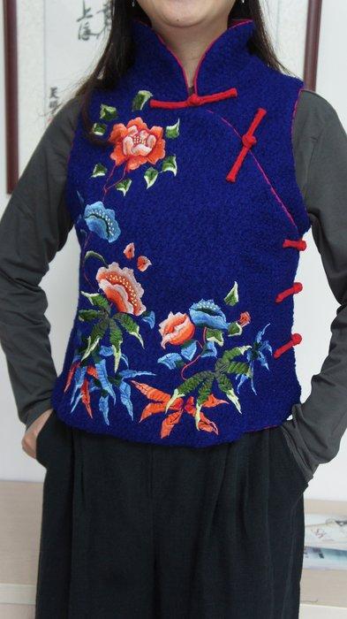 (老銀屋)中式盤釦斜襟精美刺繡毛料馬甲背心