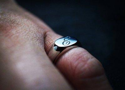 品牌作品-英式素面文字純銀戒指 (對戒...