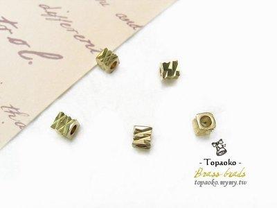 《晶格格的多寶格》串珠材料˙隔珠配件 實心黃銅切刻方珠一份(7P)【F7158】4mm