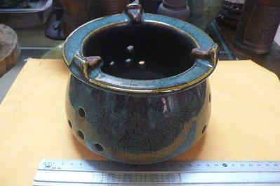 紫色小館88-----早期陶火罐