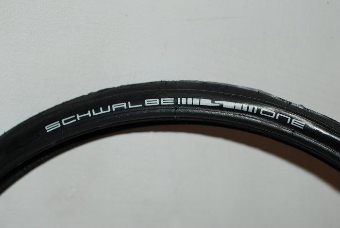 老田單車  全新圖裝SCHWALBE ONE 28-406 20x1.1 不可摺防刺輪胎/外胎/ 小折/公司貨