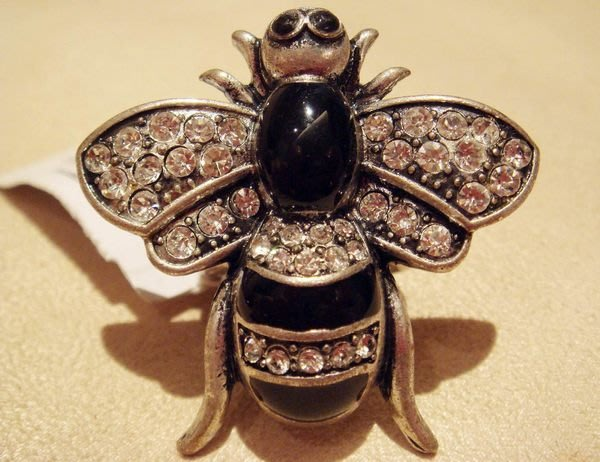 全新 American Eagle 高質感古銀質感超大蜜蜂造形戒指,低價起標無底價!本商品免運費!