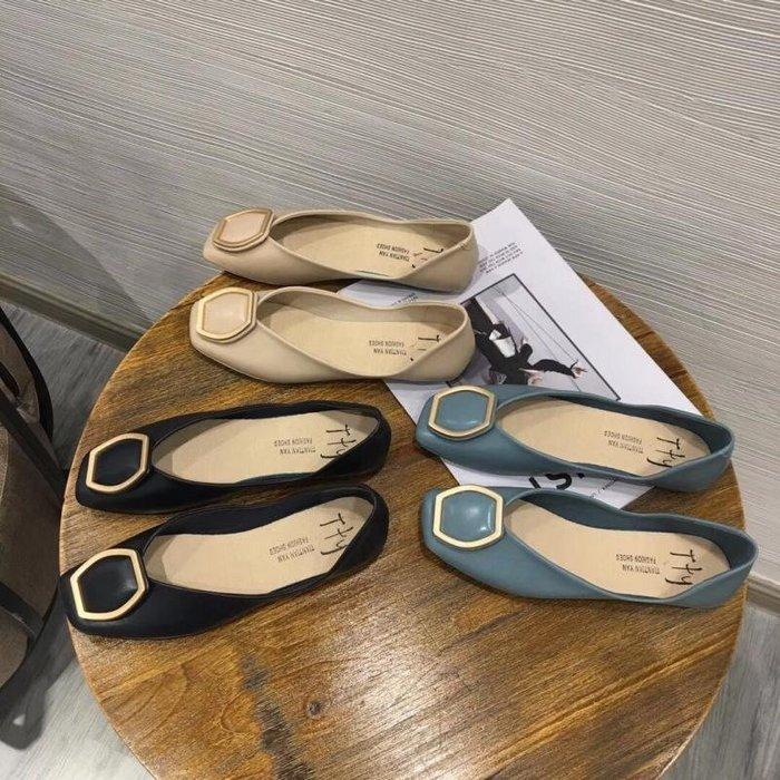 方頭淺口柔軟舒適秋季小單鞋
