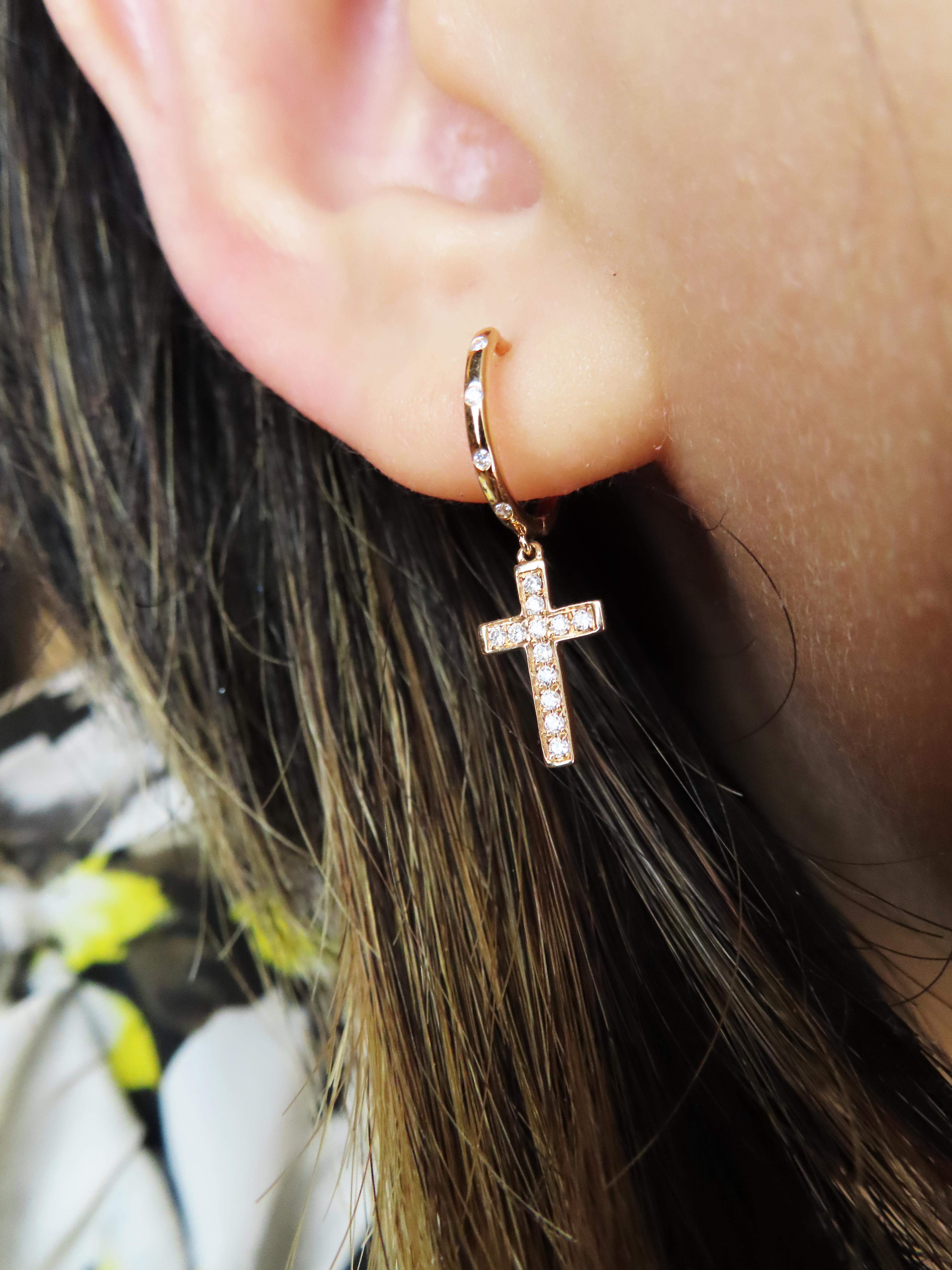 %玉承珠寶%輕珠寶系列~14k玫瑰金天然鑽石十字架耳環DE10