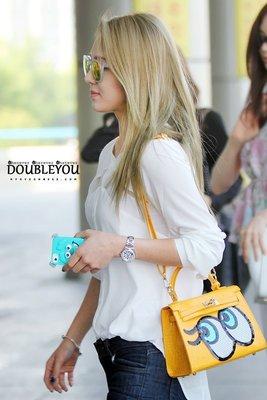 韓國東大門 正韓 少女時代太妍 孝淵機場同款大眼睛肩背包