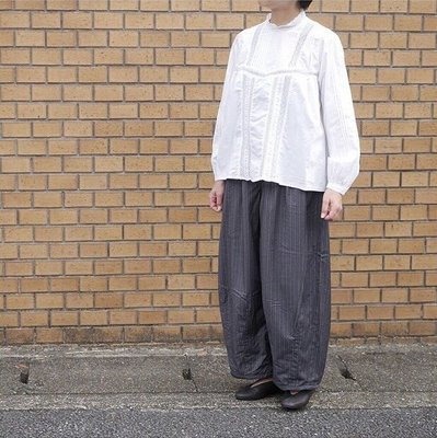 Grandma mama daughter 錐形條紋寬褲/ordinary fits laiterie tumugu i