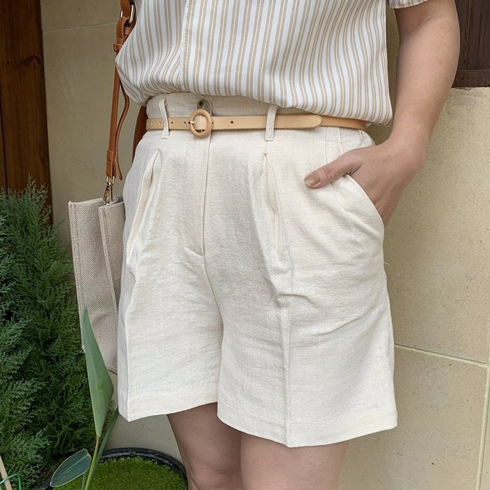 正韓【Meet Shop】Aug-10 質感棉麻挺版鬆緊褲頭西褲 短褲 OL 奶油白/淡黃色 現貨