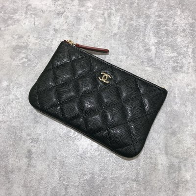 Chanel Coco 拉鍊零錢包 一字包 菱格紋 荔枝皮 淡金釦 黑色《精品女王全新&二手》