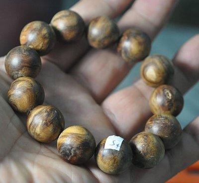 宋家苦茶油shawnanall.s4號.台灣三峽黑格肖楠木所製18mm13顆手珠.香噴噴.沉水黑格重油.