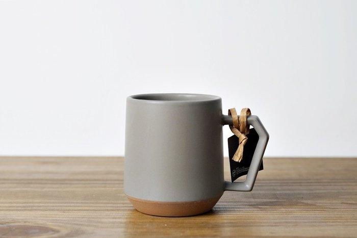 [偶拾小巷] 日本製 美濃燒 CHIPS 馬克杯 - 灰色