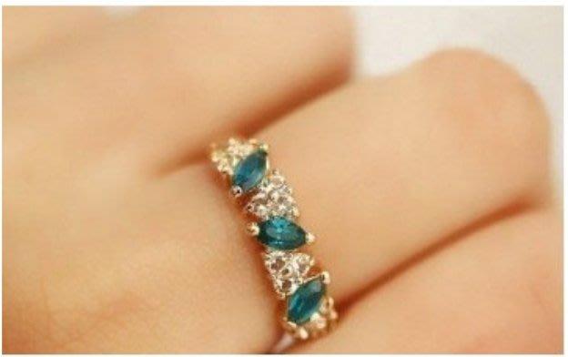 I-011 復古感 祖母綠 戒指 甜美 閃鑽 戒指
