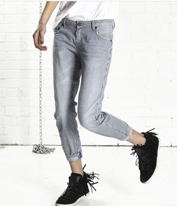 *小熊愛敗家* oneteaspoon ST.LEWIS FREEBIRDS 條紋牛仔褲 斷貨款 尺寸22