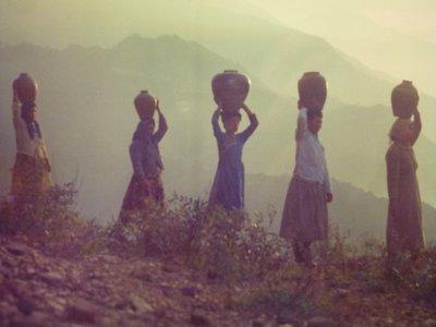 190415~疑似是攝影比賽作品~頂酒甕原住民~相關特殊(一律免運費---只有一張)老底片