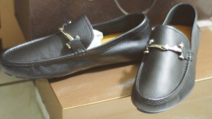 GUCCI經典休閒鞋 女友送的結果太大割愛 原價16400元 大立伊勢丹購買 有發票