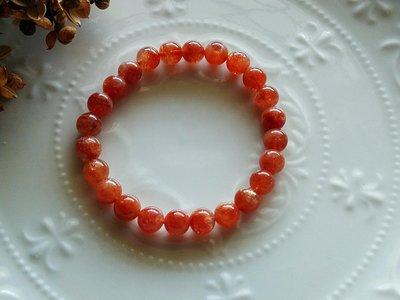 簡單Simple。現貨。40992號天然金太陽石深橙色金砂金草莓手鍊手珠 強烈金砂效應 光彩強。8MM。