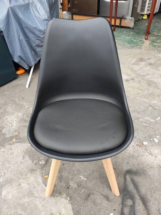 非凡二手家具 全新庫存品 丹麥黑色休閒餐椅*餐椅*造型椅*椅凳*休閒椅*洽談椅*接待椅*化妝椅*房間椅*沙發椅