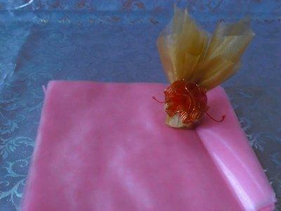 幸福圓滿屋~DIY材料區,珍珠紗,20*20公分,喜糖包裝紙,珍珠布,禮品包裝,愛心壓克力鑽,圓型壓克力鑽