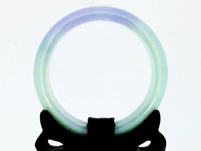 (賀成交) 天然翡翠玉手鐲 【頂級】冰種帶半紫青色