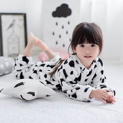 【可愛村】 法蘭絨印花保暖連身睡袍 乳牛裝 連身睡衣