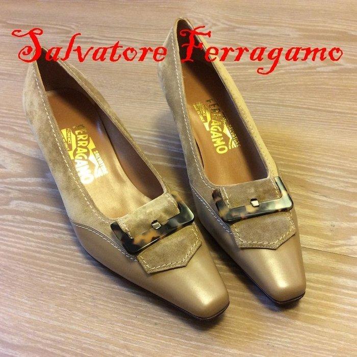 *Beauty*Salvatore Ferragamo方頭駝色麂皮扣環中跟鞋7D  JA