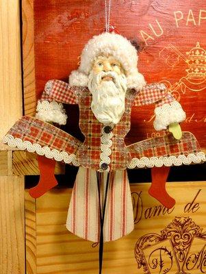 東歐聖誕老公公拉繩木偶:東歐風格 聖誕節 老公公 拉繩木偶 設計 居家 家飾 收藏 禮品 手工
